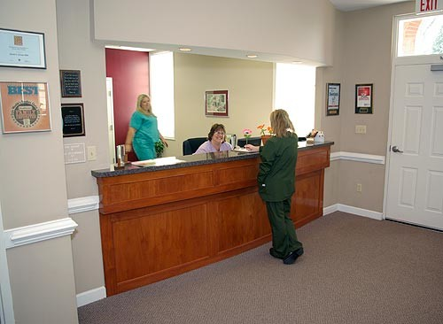 WaitingRoomReception_pop_500x366